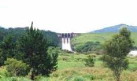 Vargem - Comporta da Represa de Vargem-Foto:emanoel