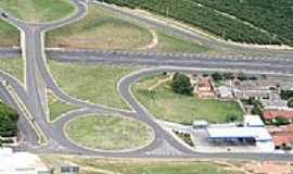 Vera Cruz - Trevo de entrada a Vera Cruz & Auto Posto Mustang  por mtemporim