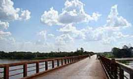 Viradouro - Ponte sobre o Rio Pardo por Alexandre Bonacini