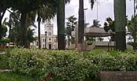 Vista Alegre do Alto - Praça da Matriz-Foto:Luís Pedrassoli Fran…