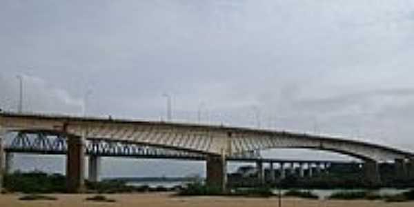 Aguiarnópolis-TO-Ponte sobre o Rio Tocantins-Foto:Cabral Lopes