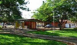 Aparecida do Rio Negro - Aparecida do Rio Negro-TO-Praça no centro da cidade-Foto:Marcos André