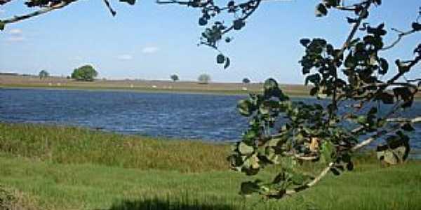 Lagoa da Canoa-AL-Lagoa que deu o nome ao Município-Foto:oliveira.clebson