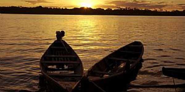 Araguanã-TO-Lindo Pôr do Sol no Rio Araguaia-Foto:Thiago Sá