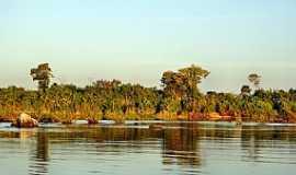 Arapoema - Arapoema-TO-Margem do Rio Araguaia-Foto:Joel Donin