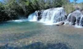 Aurora do Tocantins - cachoeira do Ribeirão, Por gabrielle