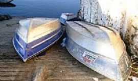 Babaçulândia - Barcos na Rampa de Embarque do Rio Tocantins em Babaçulândia-TO-Foto:Alessandro Santos Me...