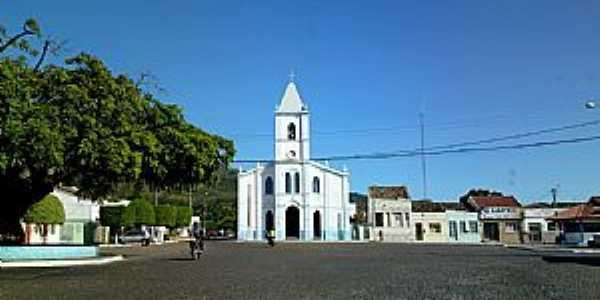 Ruy Barbosa-BA-Pra�a e a Igreja de Santo Ant�nio-Foto:Andre L. S. Lacerda