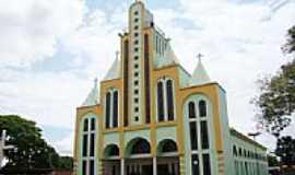 Guaraí - Matriz de São Pedro Apóstolo em Guaraí-Foto:Vicente A. Queiroz