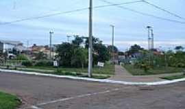Guaraí - Praça da Av.11 de Abril em Guaraí-Foto:Lautenir