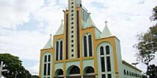 Matriz de São Pedro Apóstolo em Guaraí-Foto:Vicente A. Queiroz
