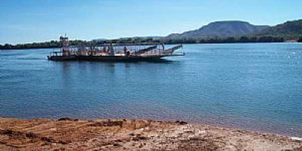 Ipueiras-TO-Travessia da balsa-Foto:João Reedijk