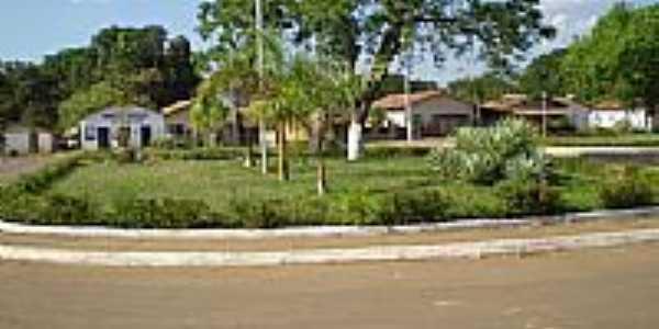Praça central-Foto:Helio Jardim