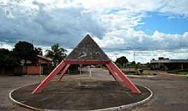 Pium - Pium-TO-Monumento na Rotatória-Foto:Leandro Durães