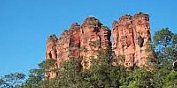 Morro do Três Picos em Recursolândia-Foto:recursolandia.to.