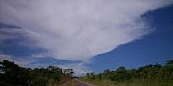 Estrada em Santa Maria do Tocantins-Foto:genisartoretto.
