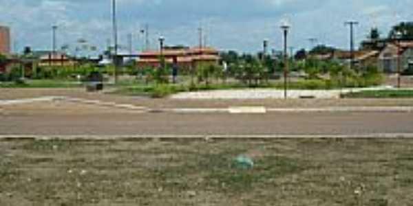 Praça em Santa Maria do Tocantins-Foto:Lautenir