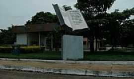 São Félix do Tocantins - Praça da Bíblia em São Felix do Tocantins-TO-Foto:Glamar
