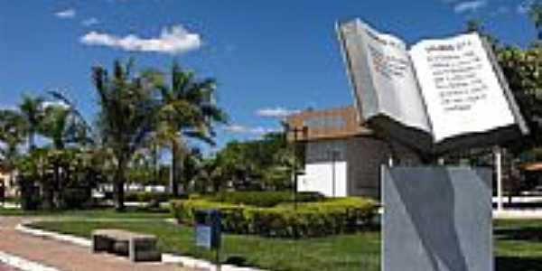 Praça da Bíblia em São Felix do Tocantins-TO-Foto:zelit