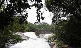 Taquarussu do Tocantins - Cachoeira-Foto:giovanerm