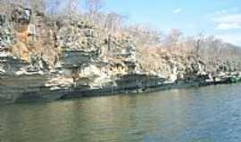 Santa Maria da Vit�ria - Santa Maria da Vit�ria-BA-Pedreiras na beira do Rio Corrente-Foto:pisantos