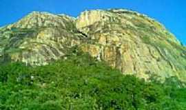 Santaluz - Serra da Caraconha em Santaluz-BA-Foto:Meridiana