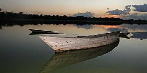 Santaluz-BA-Barco no rio ao P�r do Sol-Foto:donato andrade junior