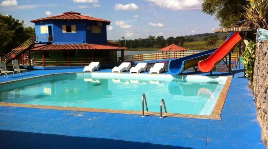 Hotel fazenda guas claras guap f rias for Hoteis zona centro com piscina interior