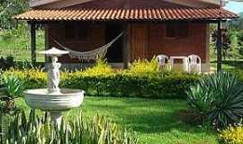Pousada Chalés Carmel Garden