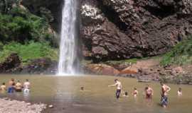 Camping da Cascata do Chuvisqueiro